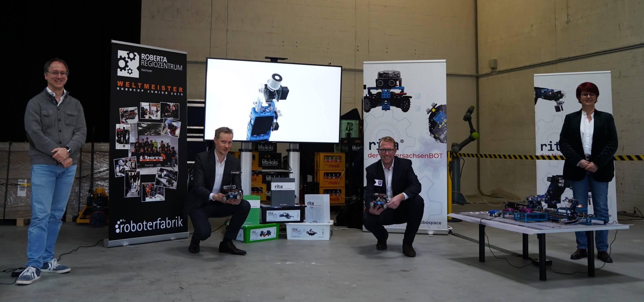 """Robotik-Initiative als """"Digitaler Ort Niedersachsen"""" ausgezeichnet"""